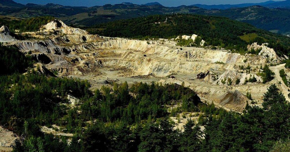 В Березовском заложат пустоты заброшенного золоторудного рудника