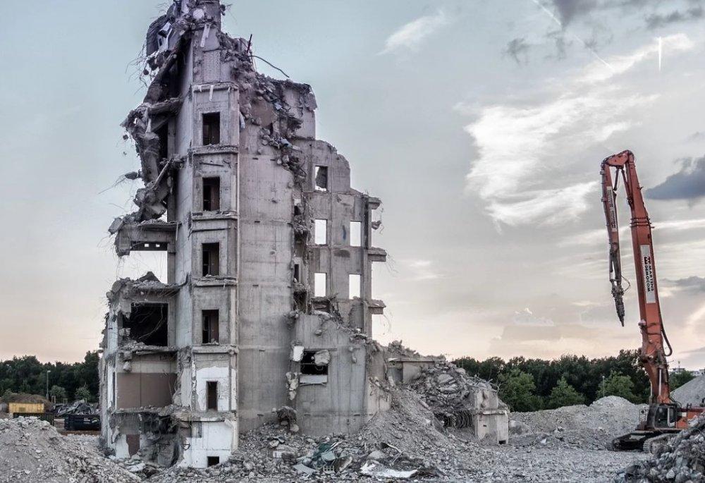Как в Тобольске снесут 9 аварийных жилых домов