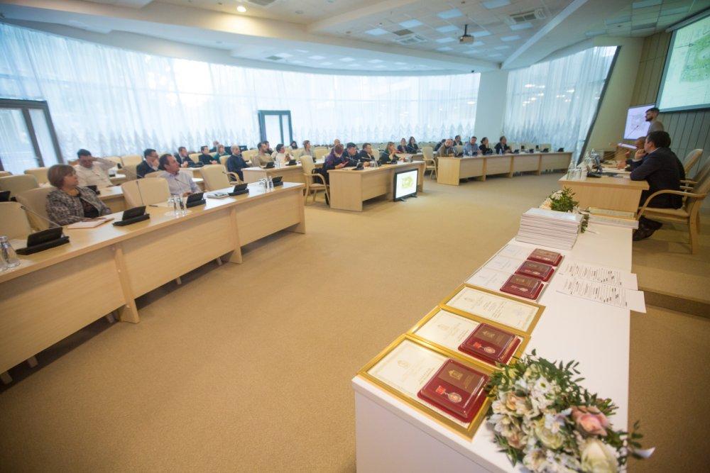 В Доме Правительства МО архитекторам и проектировщикам вручили почетные награды