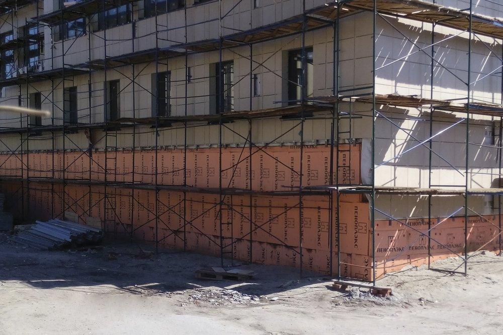 Утепление цокольных и первых этажей теплоизоляцией ПЕНОПЛЭКС® – оптимальный выбор для фасадной системы