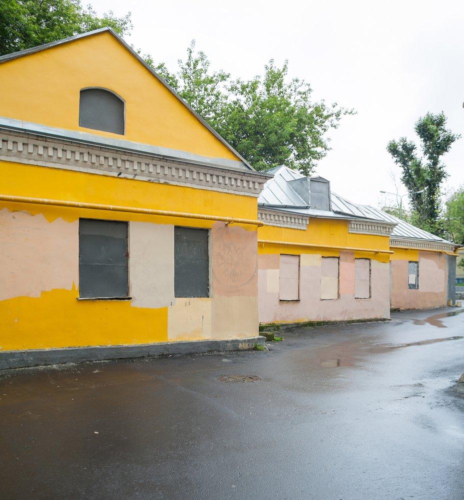 Историческое здание для бизнеса выставлено на аукцион в Басманном районе