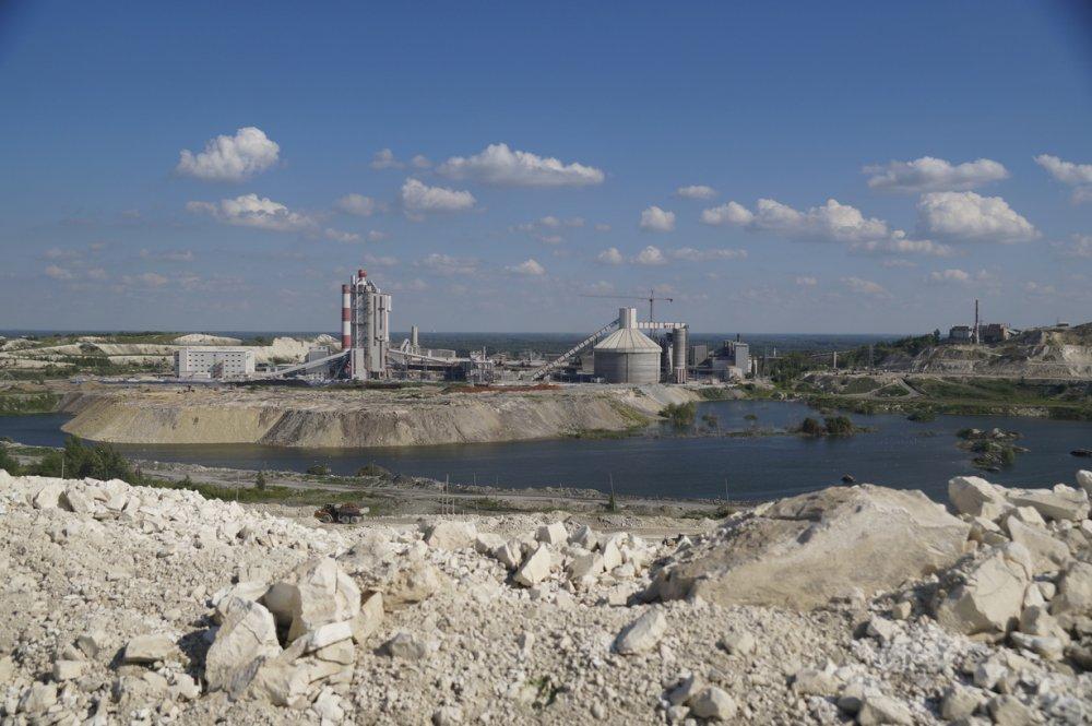 Один из старейших и крупнейших цементных заводов России отмечает 125-летний юбилей