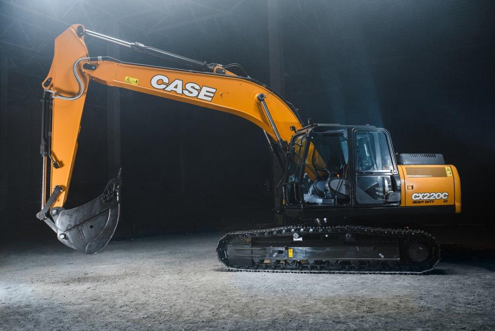 Новый экскаватор CASE CX220C LC-HD для клиентов России и Беларуси