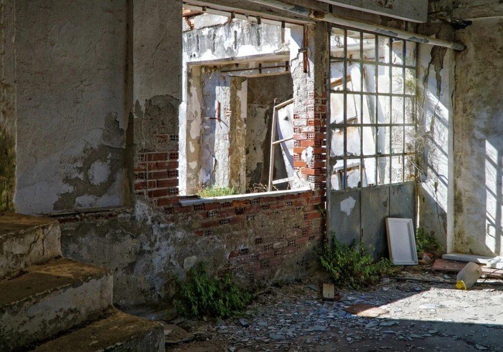 Карачаево-Черкесская Республика и Сахалинская область завершили программу расселения аварийного жилого