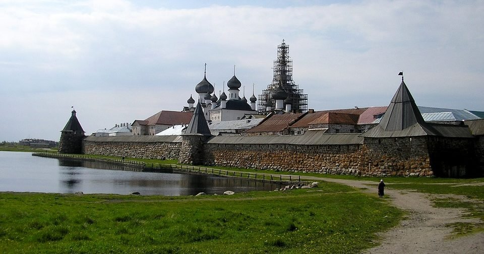 Архипелаг НЕГУЛАГ: почему нужно не только сохранять, но и развивать Соловецкие острова.