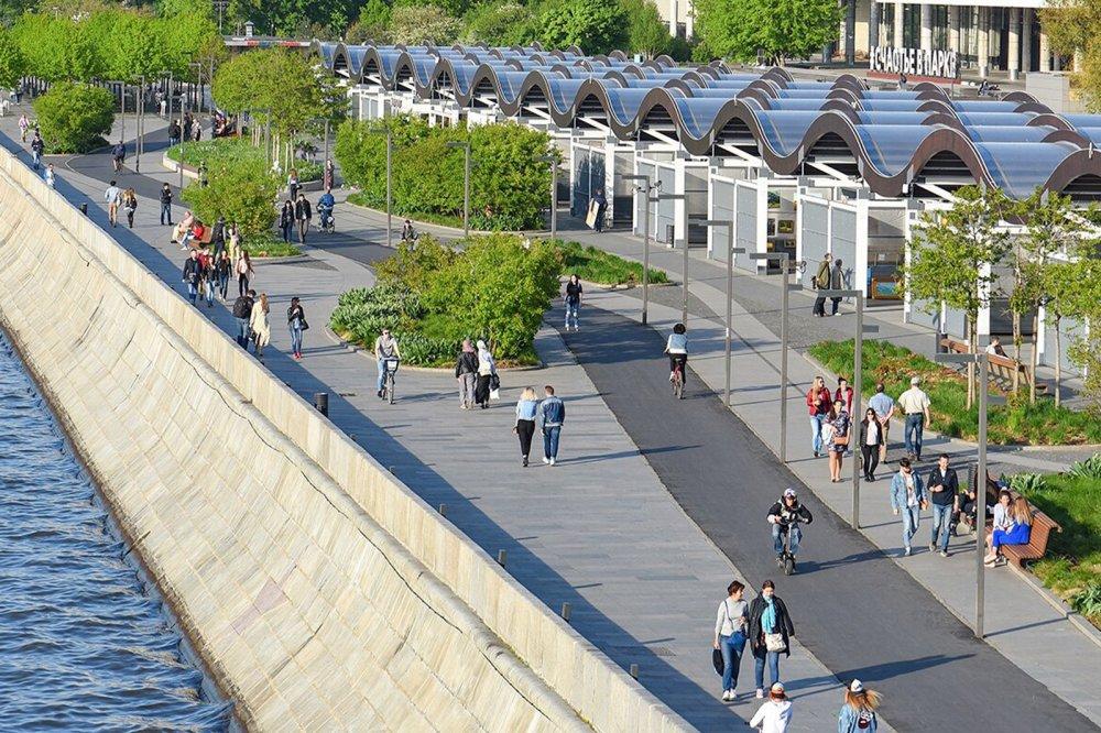 В столице благоустроили 32 набережные Москвы-реки