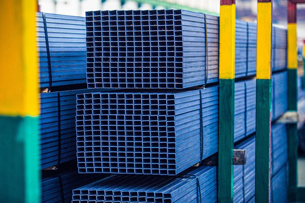 ОМК расширяет сеть складов по продаже труб и металлопроката