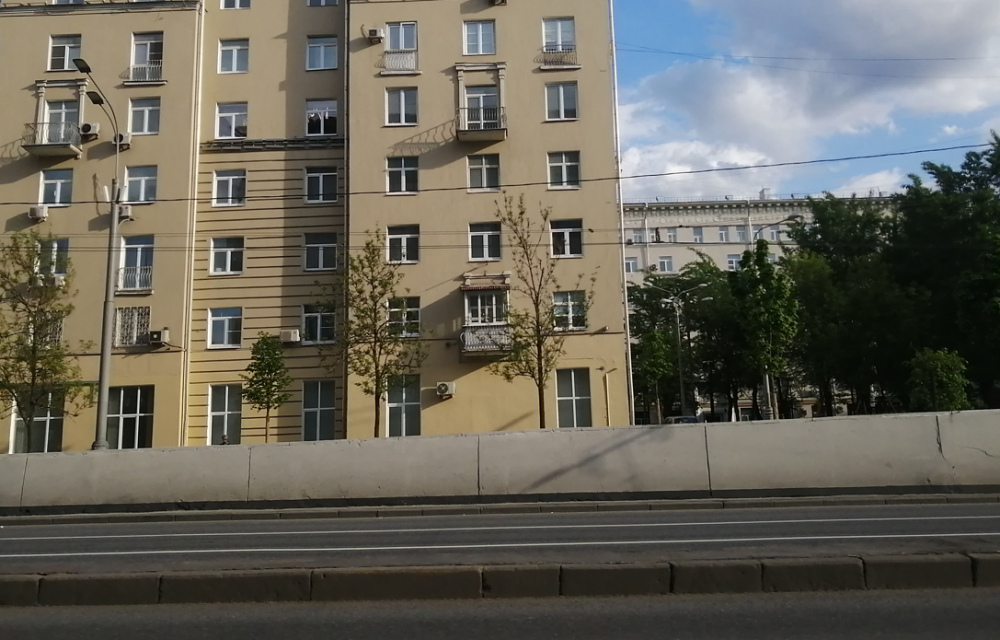 Началось благоустройство территории от станции метро «Сокольники» до парка